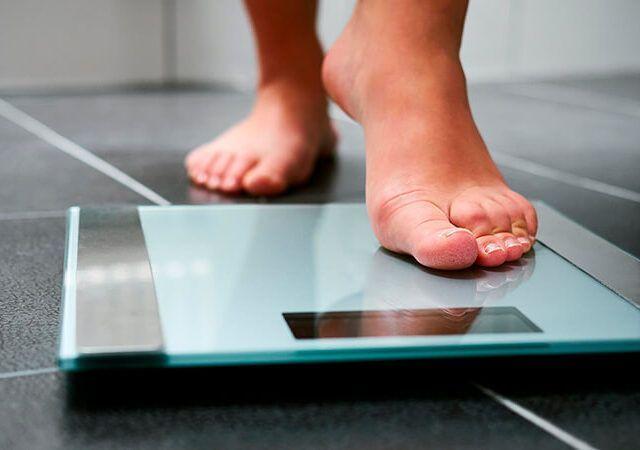 Quantas calorias eu preciso diariamente para perder peso?